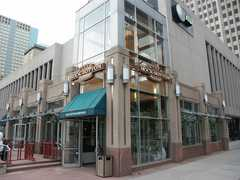 Rock Bottom Restaurant & Brwry - Restaurant - 1001 16th Street Mall, Denver, Colorado, United States