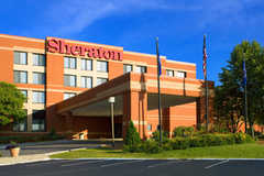 Sheraton Minneapolis West Hotel - Hotel - 12201 Ridgedale Drive, Minnetonka, MN, United States