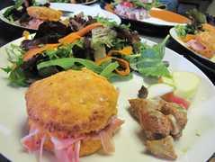 Leaping Lizard Cafe - Restaurant - 4408 Shore Drive, Virginia Beach, VA, United States