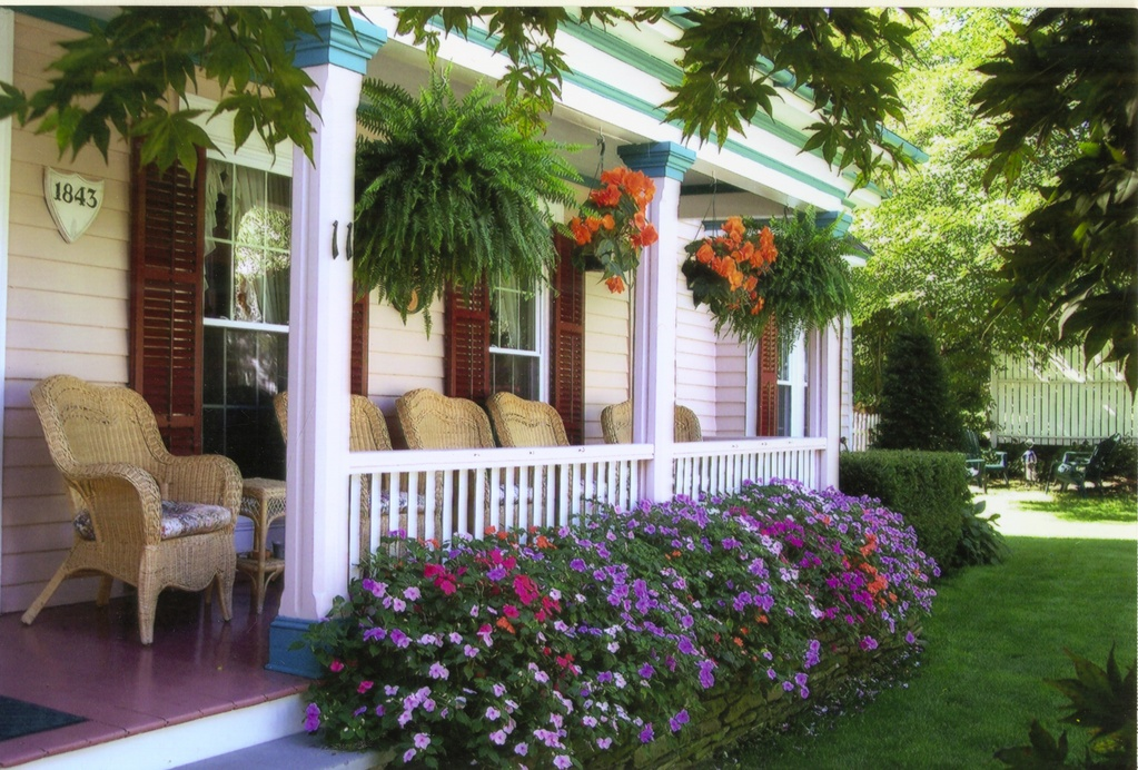 Blushing Rose Bed & Breakfast - Hotels/Accommodations - 11 William Street, Hammondsport, NY, United States