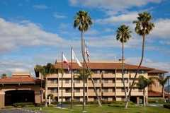 Holiday Inn - Hotel - 2100 North Broadway, Santa Maria, CA, 93454