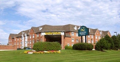 Quality Suites - Whitby - Hotels/Accommodations - 1700 Champlain Avenue, Whitby , ON, L1N 6A7, Canada