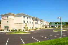 Hilton Garden Inn Riverhead - Hotel - 2038 Old Country Rd, Riverhead, NY, USA