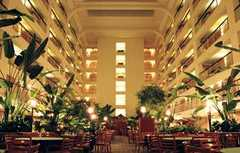 Embassy Suites O' Hare Rosemont - Hotel - 5500 North River Road, Rosemont, IL, United States