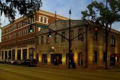 Staybridge Suites Historic Savannah - Hotel - 301 East Bay Street, Savannah, GA, United States