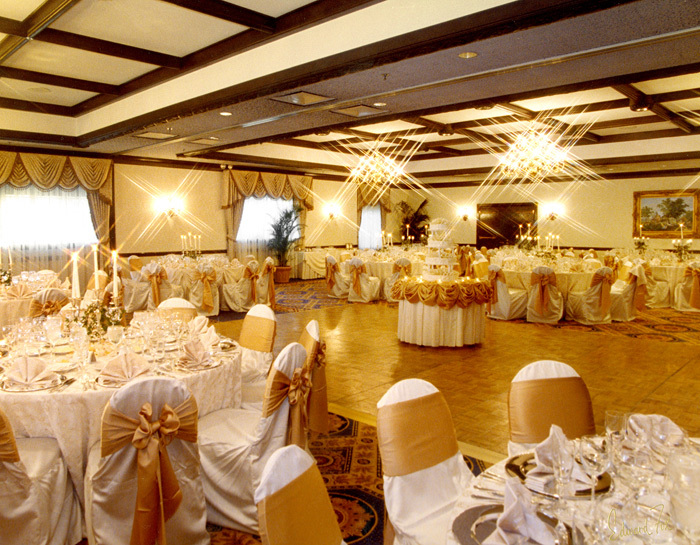 Deer Path Inn - Reception Sites, Hotels/Accommodations, Ceremony Sites - 255 East Illinois Road, Lake Forest, Illinois, United States