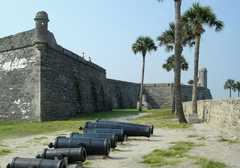 Castillo De San Marcos - Fun Stuff to do  - 1 S Castillo Dr, St Augustine, FL, United States