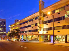 Holiday Inn Express Downtown - Hotel - 1430 7th Ave, San Diego, CA, 92101