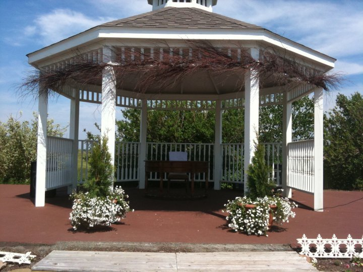 Royal Oaks Estates And Golf Club - Ceremony Sites, Reception Sites - 401 Royal Oak Blvd, Moncton, NB, Canada