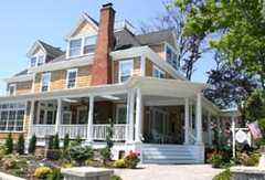 Bartlett House - Hotel - 503 Front Street, Greenport, NY, United States