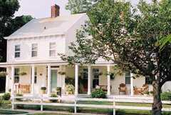 Morning Glory Bed & Breakfast - Hotel - 912 Main Street, Greenport, NY, United States