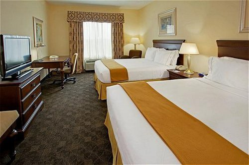 Holiday Inn Express - Hotels/Accommodations - 1702 N Main St, Pearland, TX, 77581