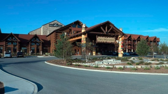 Great Wolf Lodge Waterpark - Attractions/Entertainment, Hotels/Accommodations - 4600 Milan Rd, Sandusky, OH, 44870