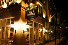 Country Inn & Suites Savannah Historic District - Hotel - 320 Montgomery Street, Savannah, GA, United States