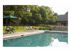 Enclave Inn - Hotel - 450 County Rd-39, Southampton, NY, 11968
