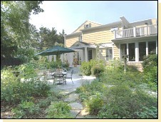 A Butler's Manor Bed And Breakfast Inn - Hotel - 244 North Main Street, Southampton, NY, United States