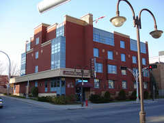 L'Auberge de la Gare - Hotel - 205 Boulevard Saint Joseph, Hull, QC, J8Y 3X3