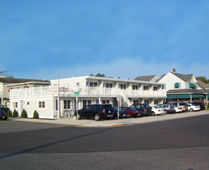 Dune's Motel - Hotels/Accommodations - 9801 2nd Avenue, Stone Harbor, NJ, United States