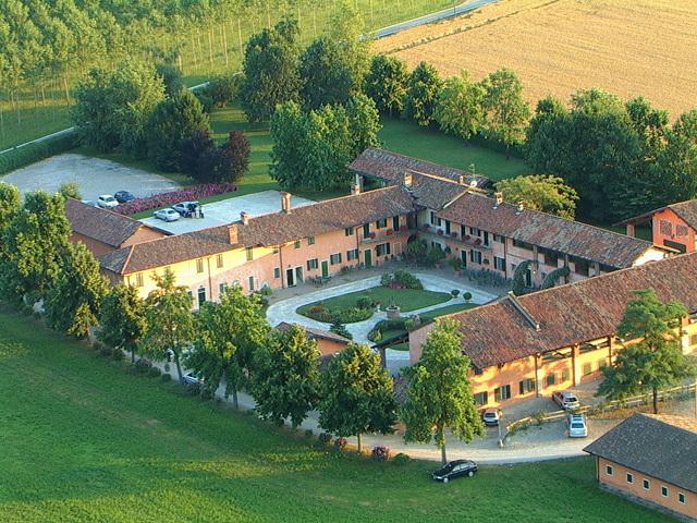 Agriturismo La Barcella - Restaurants, Reception Sites - Cascina Barcella, Robecco Sul Naviglio, Lombardia, 20087
