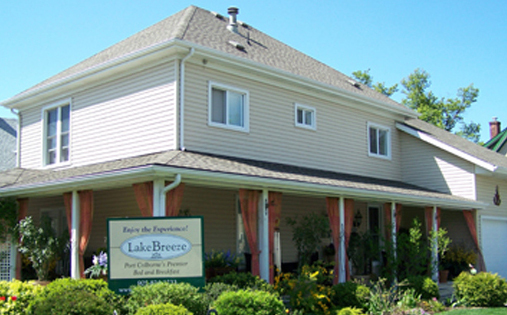 Lake Breeze B&b - Hotels/Accommodations - 234 Steele St, Port Colborne, ON, L3K 3G6