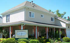 Lake Breeze B&B - Hotel - 234 Steele St, Port Colborne, ON, L3K 3G6