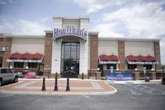 Houlihan's - Restaurant - 2000 Marlton Pike West, Cherry Hill, NJ, United States