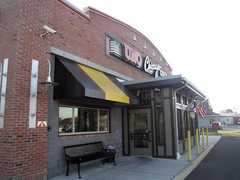 Uno Chicago Grill - Restaurant - 2803 Route 73 S, Maple Shade, NJ, United States