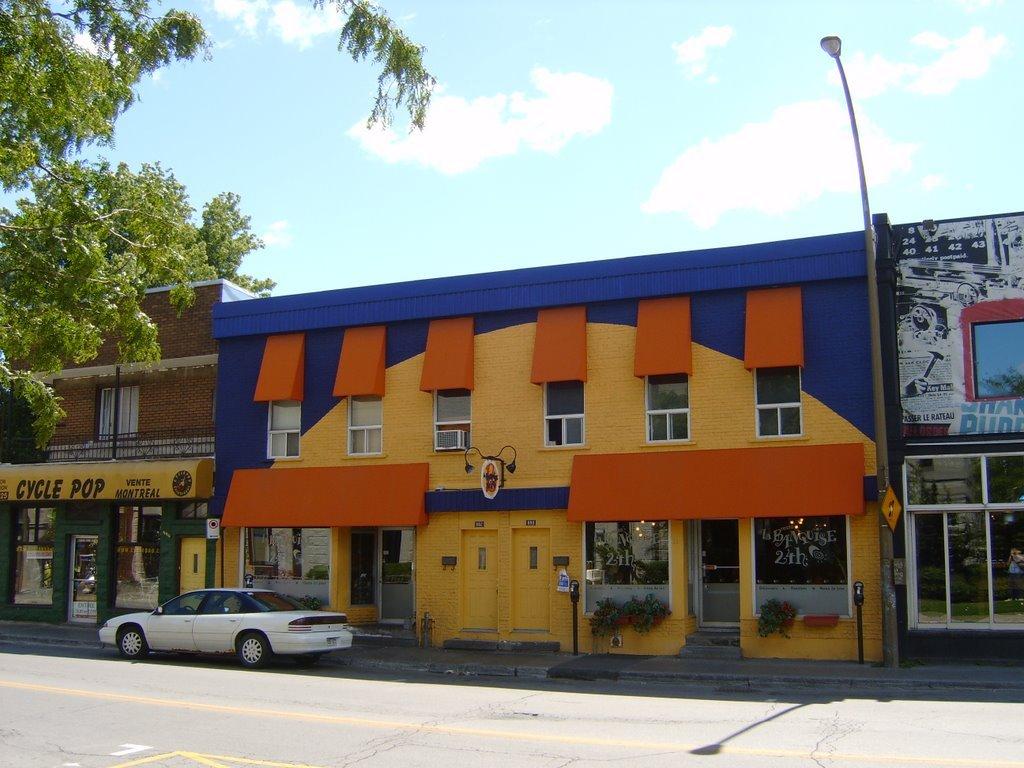 La Banquise Resto - Restaurants - 994 Rue Rachel Est, Montréal, Canada