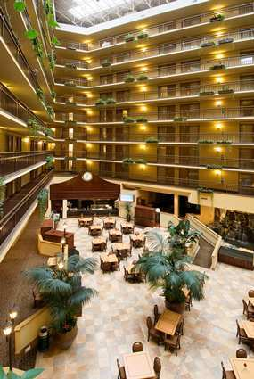 Embassy Suites Hotel Portland - Washington Square - Hotels/Accommodations - 9000 Southwest Washington Square Road, Tigard, OR, United States