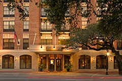 Sheraton Four Points - Hotel - 520 W Bryan St, Savannah, GA, 31401, US