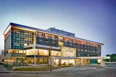 Inn At The Forks - Hotel - 75 Forks Market Road, Winnipeg, MB, Canada