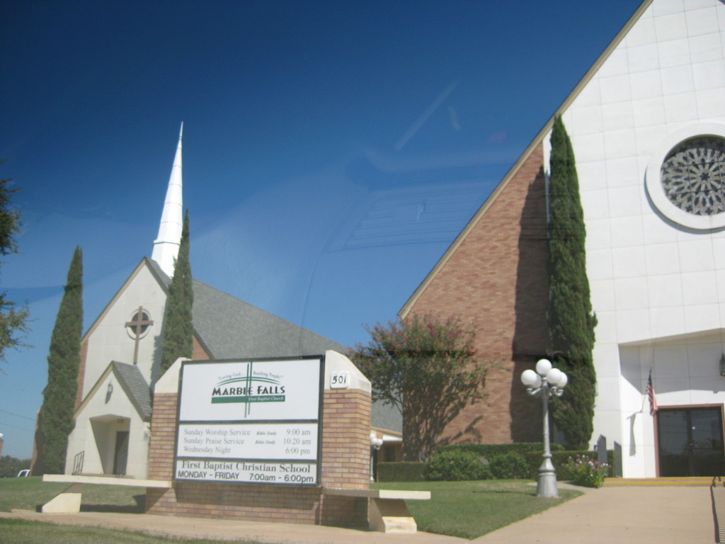 Marble Falls First Baptist Church - Ceremony Sites - 501 12th St, Marble Falls, TX, 78654