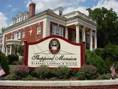 The Sheppard Mansion - Bridal Party Hotel (Bridesmaids) - 117 Frederick Street, Hanover, PA, United States