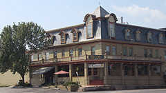 Underside Pub & Eatery - Restaurant - 20 West King Street, Abbottstown, PA, United States