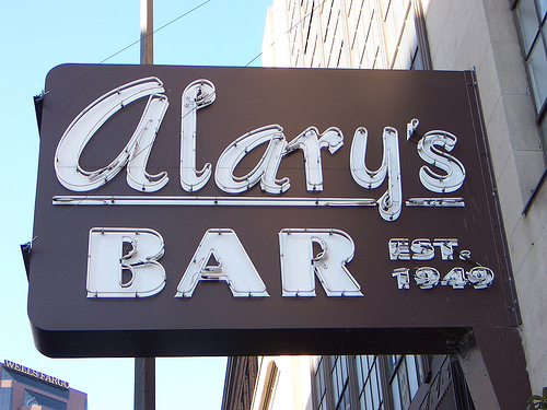 Alary's Bar - Attractions/Entertainment, Bars/Nightife - 139 East 7th Street, St Paul, MN, United States
