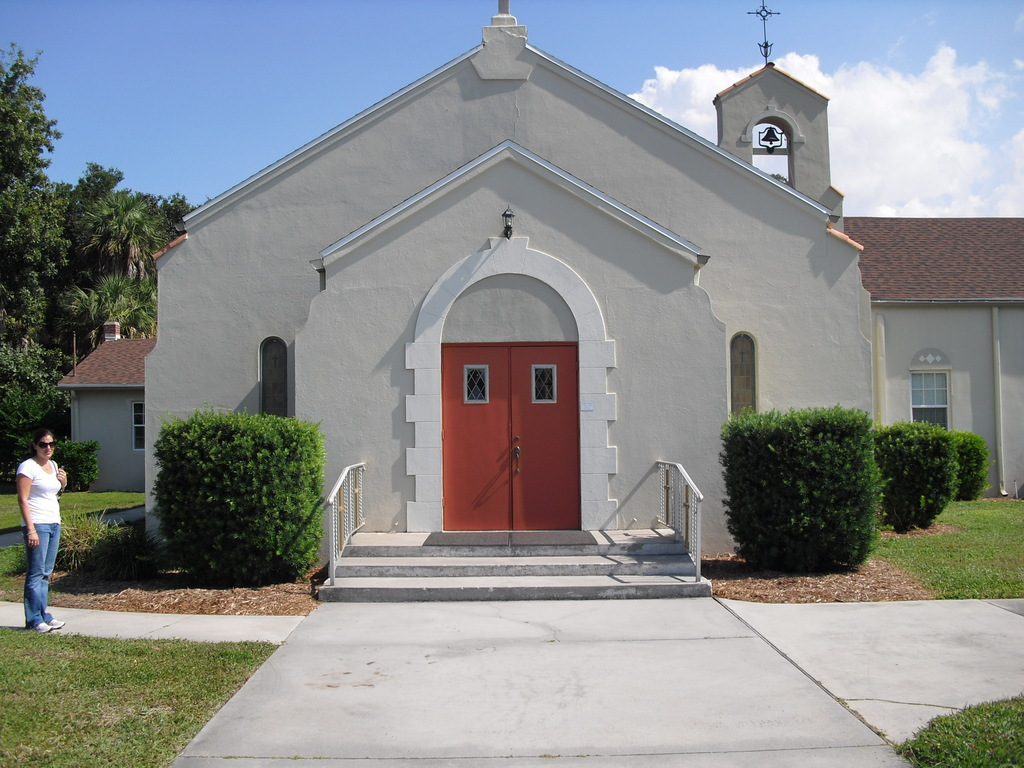 Anona United Methodist Church - Ceremony Sites - 13233 Indian Rocks Rd, Largo, FL, 33774