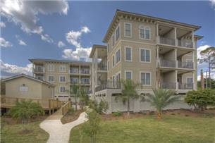 Sea Gate Inn - Hotels/Accommodations - 1015 Beachview Drive, St. Simons, GA, 31522, US