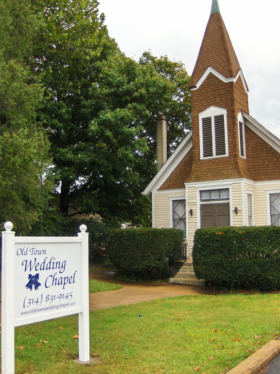 Old Town Wedding Chapel - Ceremony Sites - 646 Rue St Francois, Florissant, MO, 63031, US