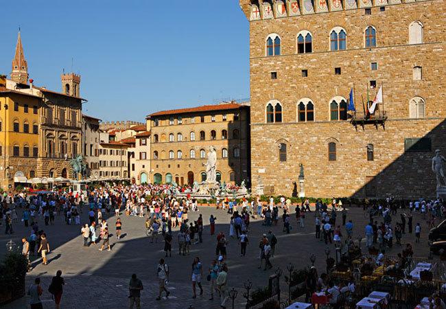 Relais Piazza Signoria - Hotels/Accommodations - Via Vacchereccia, 3, Florence, Tuscany, 50122, Italy