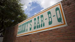 Sammy's Bar-B-Q - Restaurant - 2126 Leonard Street, Dallas, TX, United States