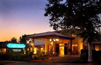 Doubletree Hotel Claremont - Hotels/Accommodations, Ceremony Sites, Reception Sites - 555 W. Foothill Blvd., Claremont, CA, United States