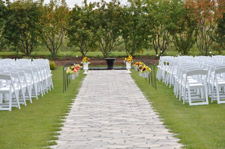Bloom Field Gardens - Ceremony Sites, Reception Sites, Ceremony & Reception - Durham Highway 2, Clarington, ON, L1B 1L9