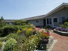 White Sands Resort - Hotel - 28 Shore Road, Amagansett, NY, United States