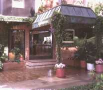 Hilgard House Hotel & Suites - Hotel - 927 Hilgard Ave, Los Angeles, CA, United States