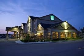 Quality Inn & Suites - Hotels/Accommodations - 3119 Petawawa Blvd, Petawawa, ON, K8H 1X9