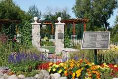 Millennium Garden-plymouth Creek Center 14800 34th Avenue North Plymouth Wedding In August in 14800 34th Ave MN 55447, Plymouth, MN 55447, USA