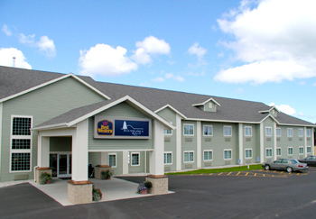 Best Western Scenic Hills Resort - Hotels/Accommodations - 1400 U.S. 31, Beulah, MI, 49616
