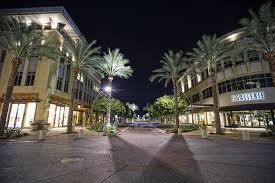 Kierland Commons - Restaurants, Shopping - 15205 North Kierland Boulevard, Scottsdale, AZ, United States