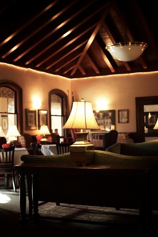 Patty Jewett Clubhouse - Reception Sites - 900 E Espanola St, Colorado Springs, CO, 80903