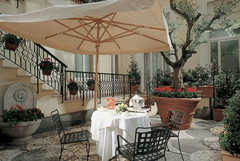 Hotel Royal Court Rome-Four star hotel in Rome - HOTELS IN ROME - Via Marghera, 51, Rome, 00185, Italy